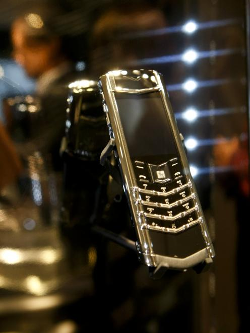 a_vertu_signature_phone_is_displayed_at_a_grand_op_4c183983bb